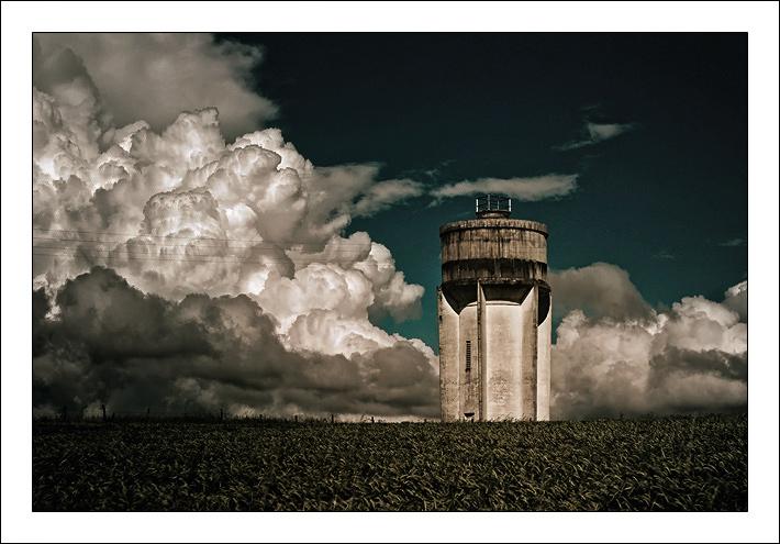 http://lotusroot.online.fr/nuages/Lasted-8bis.jpg